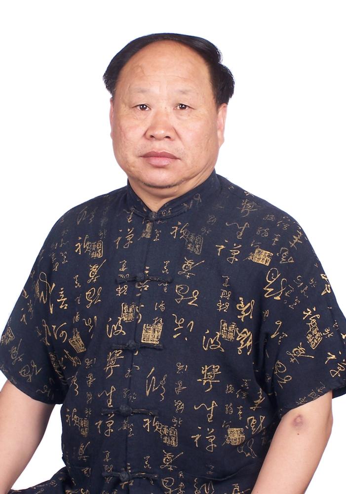 国际艺栈 > 058       刘天明:笔名,碎石,生于牡丹之乡洛阳古城,现